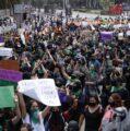 Feministas marchan en la CDMX por el Día de la Lucha por la Despenalización del Aborto