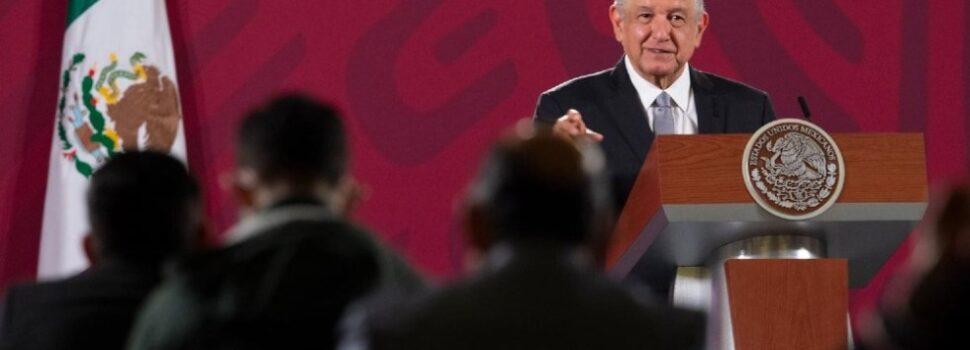 """AMLO asegura que México """"es un país más justo, más digno"""" con respecto al cumplimiento de sus 100 compromisos"""
