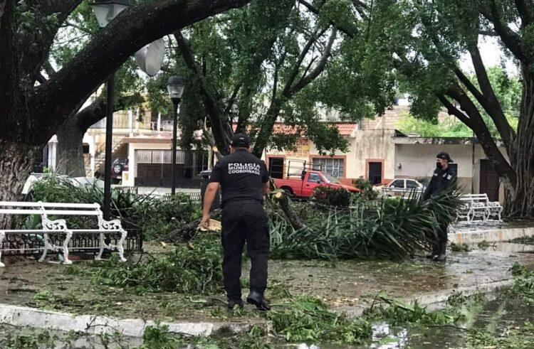 """La Tormenta Tropical """"Zeta"""" se queda """"costeando"""" en Yucatán"""