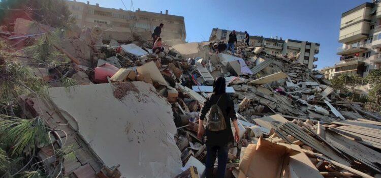Fuerte sismo de magnitud 7 afecta a Grecia y Turquía